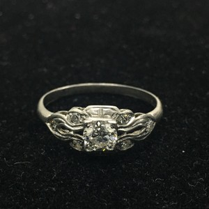 White Gold Glorious 0.50 Carat Diamond Platinum Engagement Ring