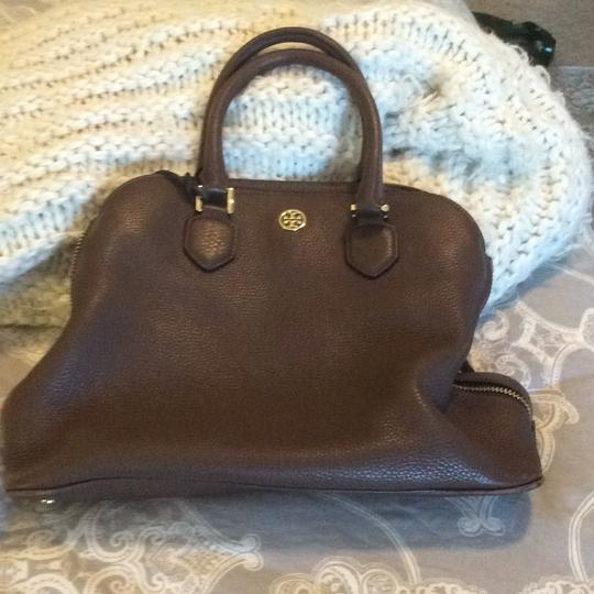 Preload https://item2.tradesy.com/images/tory-burch-rown-pebbled-leather-satchel-19999356-0-0.jpg?width=440&height=440