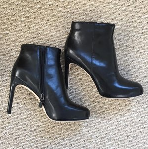 Via Spiga Bakel Leather Ankle Black Boots