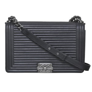 Chanel Horizontal Boy New Medium Handbags Shoulder Bag