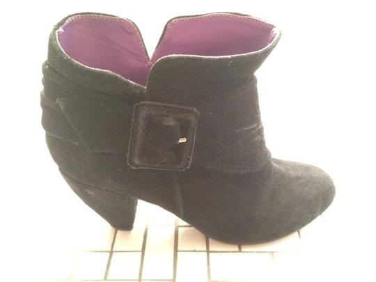 We Who See Ankle Round Toe Vegan Night Out Black Boots