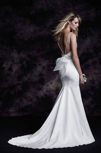 Paloma Blanca 4614 Wedding Dress