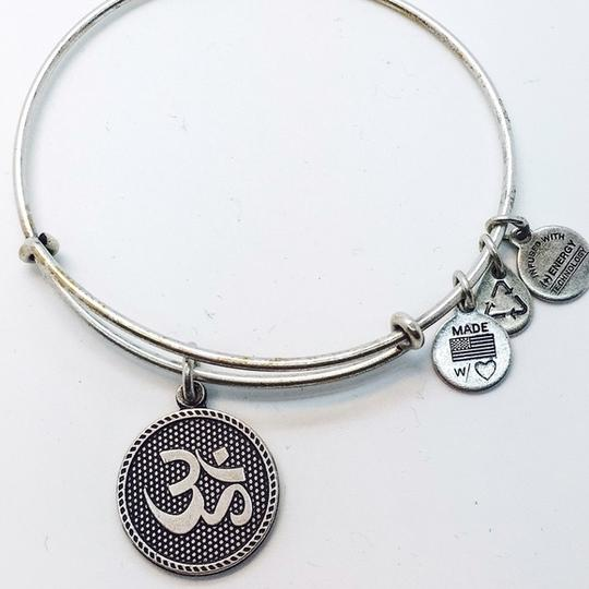 Preload https://img-static.tradesy.com/item/20000248/alex-and-ani-silver-om-ii-ewb-rs-bracelet-0-0-540-540.jpg