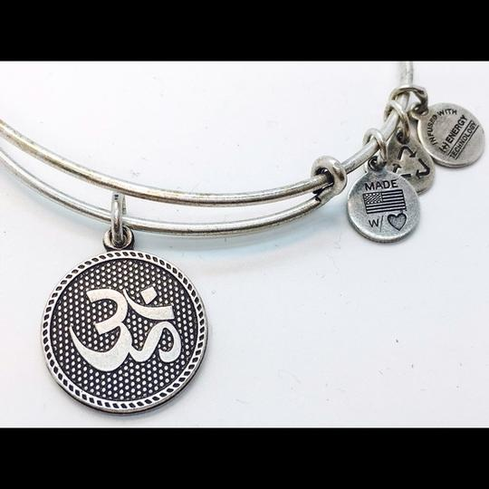 Alex and Ani Alex and Ani OM II EWB RS