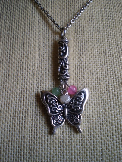 Poetic Spirit NWOT Butterfly Necklace