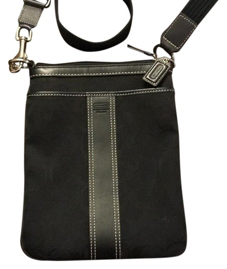 Preload https://item3.tradesy.com/images/coach-signature-leather-and-canvas-cross-body-bag-20000462-0-1.jpg?width=440&height=440