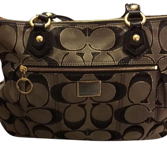 Preload https://item4.tradesy.com/images/coach-daisy-poppy-grayblack-with-gold-trim-tote-20000593-0-1.jpg?width=440&height=440