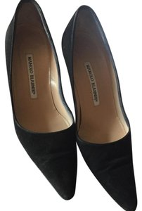 Manolo Blahnik Suede Leather Manolos Black Pumps