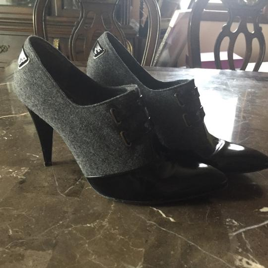 Stuart Weitzman Ankle Leather Black and Grey Boots