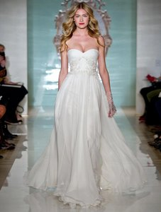 Reem Acra Modern Girl 5141 Wedding Dress