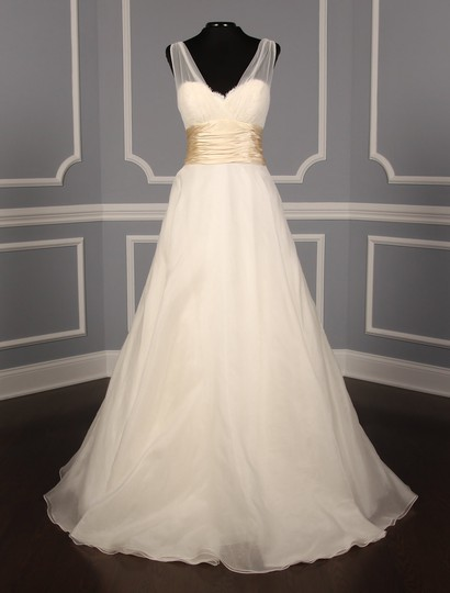 Anne Barge Pearl (Light Ivory) with Honey Accent Beaded Alencon Lace Silk Organza Silk Charmeuse and Tulle Emmanuelle Formal Wedding Dress Size 8 (M)
