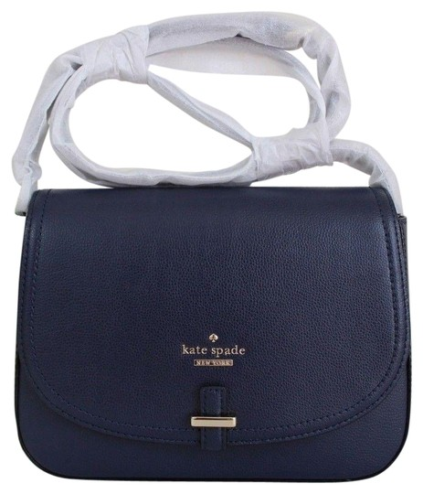 Preload https://img-static.tradesy.com/item/20001102/kate-spade-patterson-drive-kailey-crossbody-emerforest-navy-leather-clutch-0-2-540-540.jpg