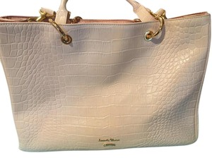 Samantha Thavasa Leather Gold Hardware Limited Edition Tote in Light Pink