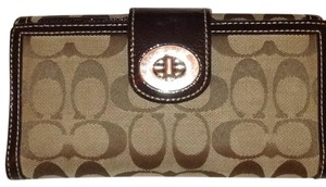 Coach Coach Signature Turnlock Wallet With Stand-Alone Checkbook