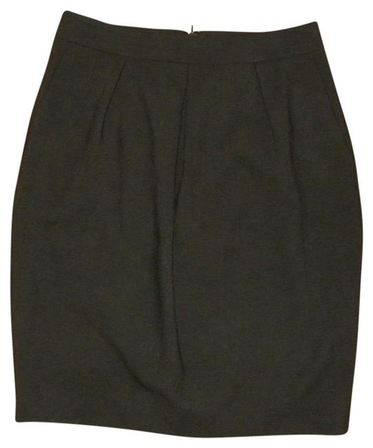 Preload https://item2.tradesy.com/images/ann-taylor-black-classic-crepe-wool-blend-knee-length-skirt-size-0-xs-25-20002301-0-1.jpg?width=400&height=650