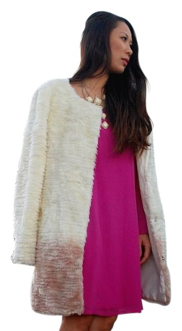 Preload https://item5.tradesy.com/images/willow-and-clay-ivory-ombre-fur-coat-size-12-l-20002309-0-1.jpg?width=400&height=650
