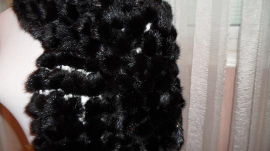 Other FUR BEAUTIFUL FUR BALLS WRAP, PERFECT FOR ALL OCCASIONS
