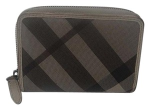 Burberry Authentic Burberry Nova Check Smoked Gray Canvas Zip Coin Wallet