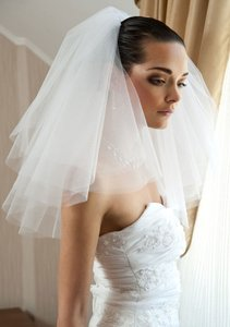 Ivory Short Fly-away Veil-ivory Bridal Veil