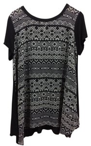 Takara T Shirt black and white