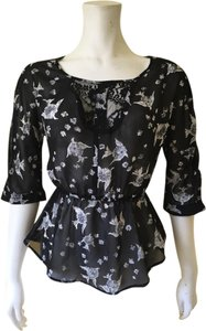 Xhilaration Top Black Pattern