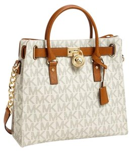 Michael Kors Leather Satchel Hamilton Tote in Vanilla Logo gold
