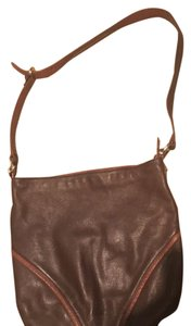 Stone Mountain Accessories Satchel in Brown