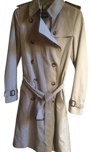 Burberry Trench Trench Coat