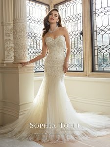 Sophia Tolli Sophia Tolli Amira Wedding Dress