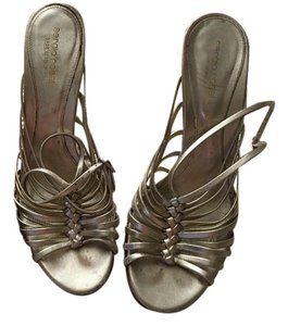 Sergio Rossi Strappy Sandal Heels gold Pumps