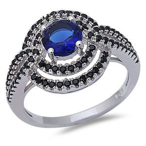 9.2.5 Rare blue and black sapphire bold cocktail ring size 9