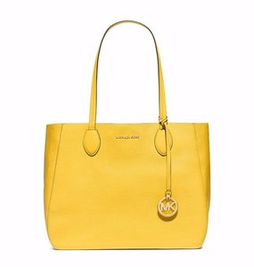 Michael Kors Mihael Tote in sunflower Gold