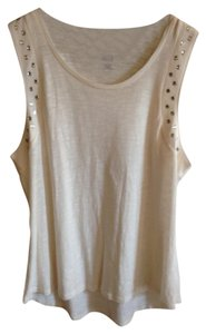 a.n.a. a new approach Nwt Size L Studded Top Off White - Ivory