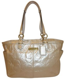 015fadc11435 Coach Refurbished Patent Leather Lined Tote in Cream Metallic