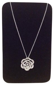 925 Sterling Silver Necklace With Flower Pendant