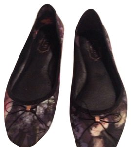 e851c2412 Black Ted Baker Flats - Up to 90% off at Tradesy
