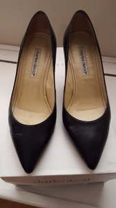 Charles David Leather Sole Two-inch Heel Soft Leather Leather Interior Black Pumps