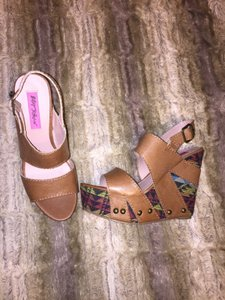 Betsey Johnson Brown/multi color heel Sandals