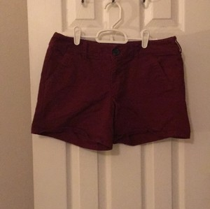 American Eagle Outfitters Mini/Short Shorts Maroon