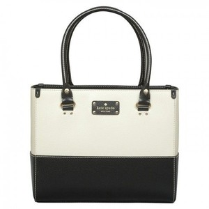 Kate Spade Tote in Porcelain Black