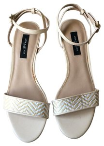 Ann Taylor Nude and white Wedges