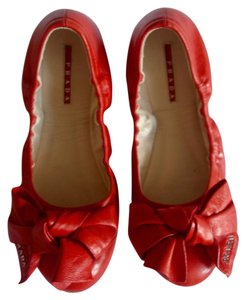 Prada red / orange Flats