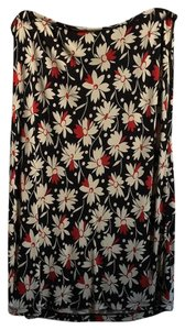 Ann Taylor Rayon Work Skirt Black background with red and beige pattern