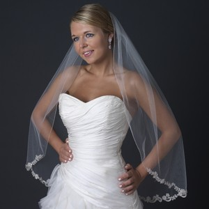 Elegance By Carbonneau Lace Beaded Embroidered Edge Wedding Bridal Veil V 1145 1f