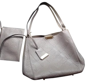 Burberry Tote in Pale Grey