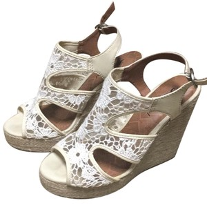 Lucky Brand Ivory Wedges