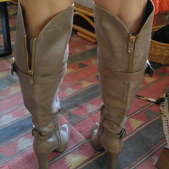 Guess #guessoverkneeboots Gold Accent Taupe Tan Boots