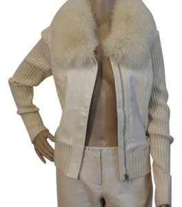 Cache Fur Cream/White Jacket