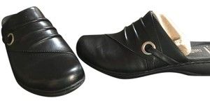 Clarks Leather Casual Black Mules