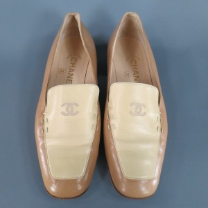 Chanel Leather Loafer Cc Embroidered Beige Flats